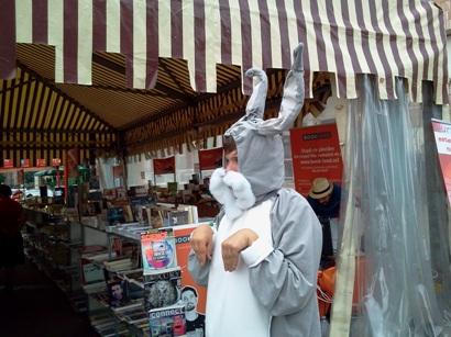 mascota iepure bookland