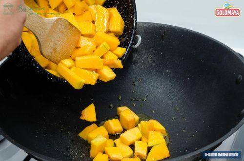Mălai cu dovleac la cuptor