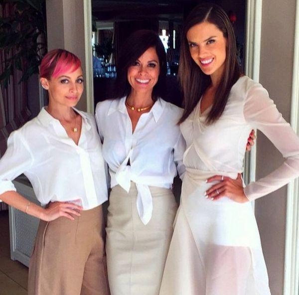 Alessandra_Ambrosio,_Nicole_Richie_si_Brooke_Burke_(Sursa_Foto_Instagram)