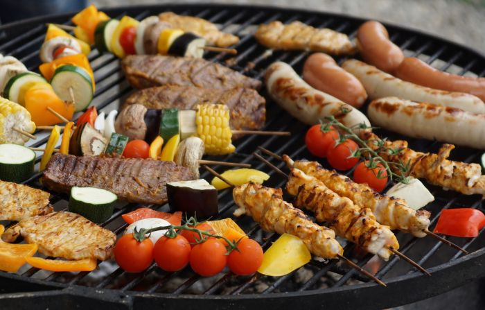 carne si legume la gratar