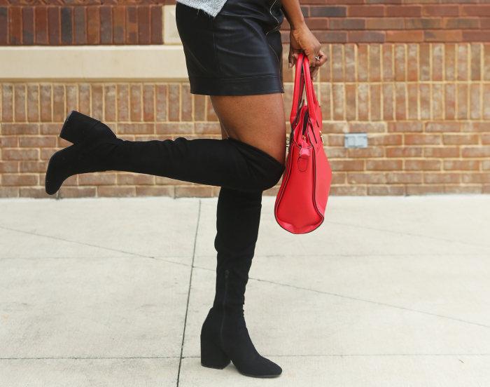 femeie cu cizme peste genunchi